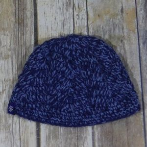 Athleta Cable Knit Beanie/Hat Pony Hole Active